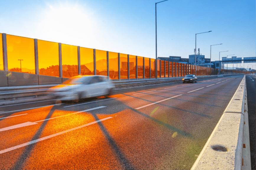 Open Innovation Challenge: Die Autobahn als Sonnenkraftwerk und Lärmschutzgarant