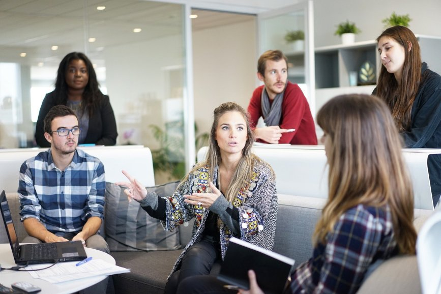 Mitarbeiterbeteiligung stärken: Was bringt das Fondsstandortgesetz?